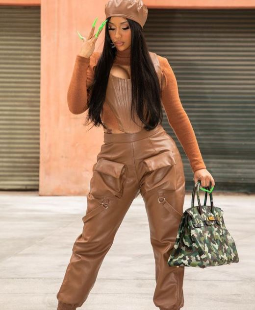 Cardi B Contact Address, Phone Number, Whatsapp Number, Email ID, Website 10