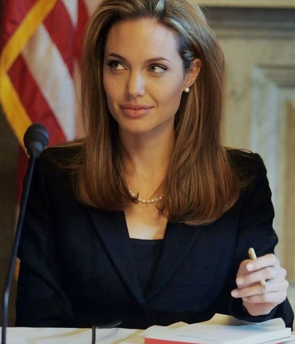 Angelina Jolie Contact Address, Phone Number, Whatsapp Number, Email ID, Website 13