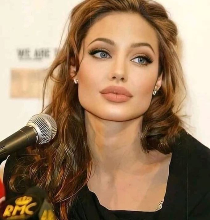 Angelina Jolie Contact Address, Phone Number, Whatsapp Number, Email ID, Website 9
