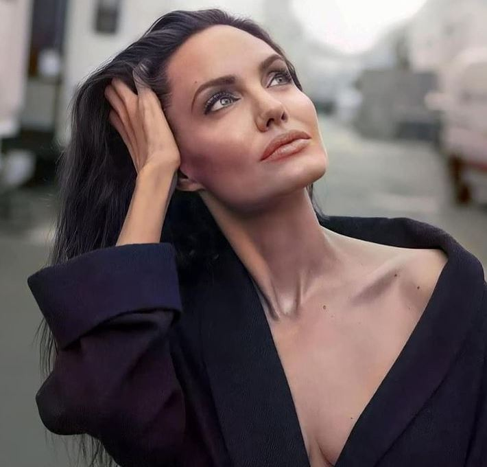 Angelina Jolie Contact Address, Phone Number, Whatsapp Number, Email ID, Website 10