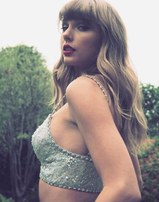 Taylor Swift Contact Address, Phone Number, Whatsapp Number, Email ID, Website 10