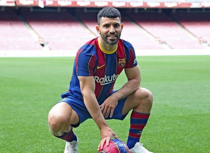 Sergio Agüero Contact Address, Phone Number, Whatsapp Number, Email ID, Website 10