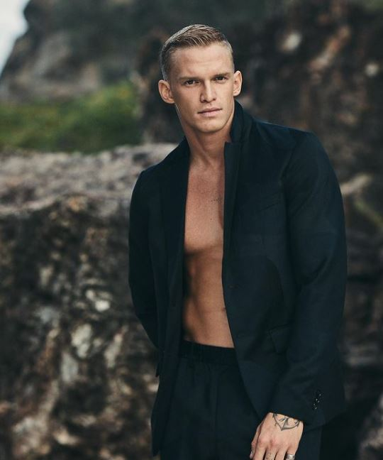 Cody Simpson Contact Address, Phone Number, Whatsapp Number, Email ID, Website 14