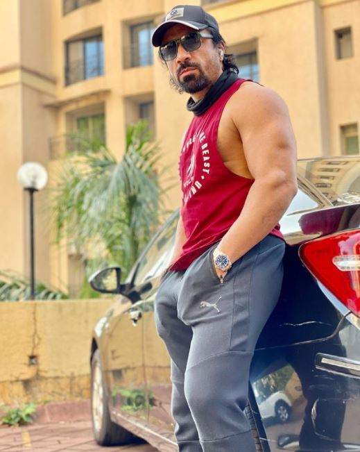 Ajaz Khan Contact Address, Phone Number, Whatsapp Number, Email ID, Website 16