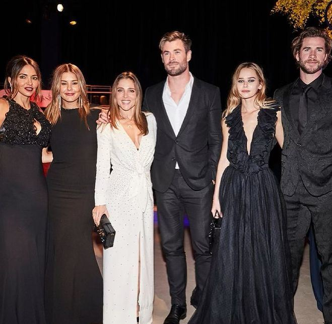 Liam Hemsworth Contact Address, Phone Number, Whatsapp Number, Email ID, Website 11