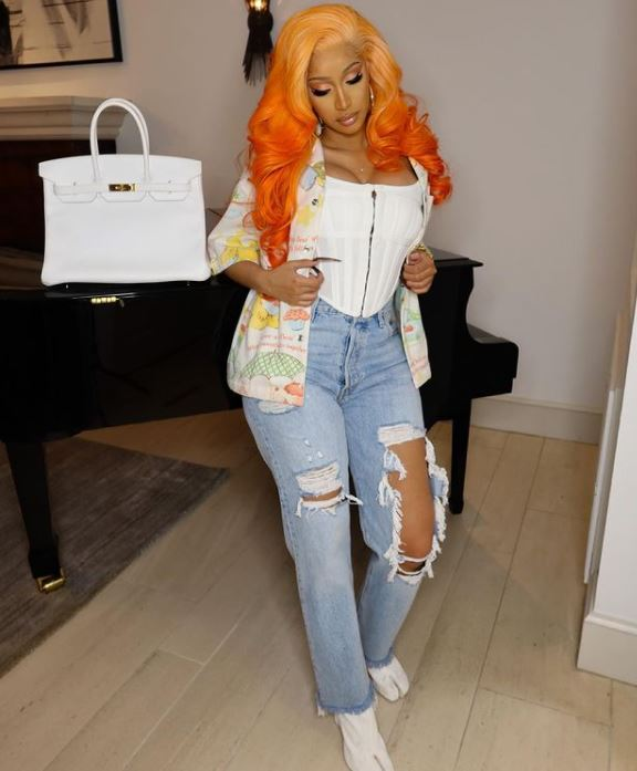 Cardi B Contact Address, Phone Number, Whatsapp Number, Email ID, Website 13