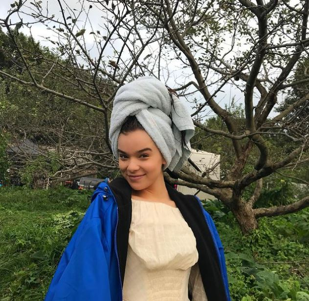 Hailee Steinfeld Contact Address, Phone Number, Whatsapp Number, Email ID, Website 16
