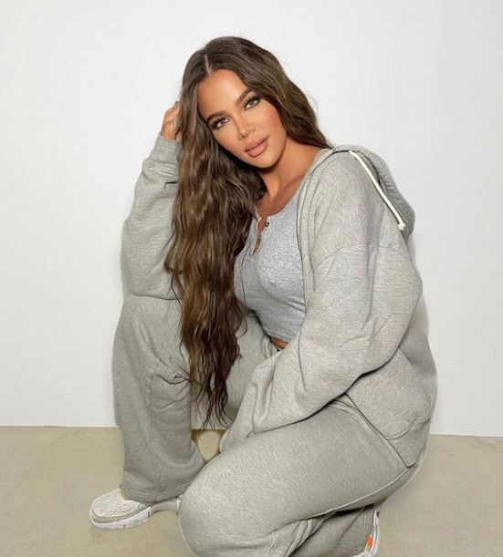 Khloé Kardashian Contact Address, Phone Number, Whatsapp Number, Email ID, Website 18