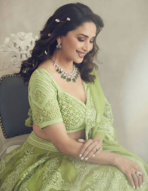 Madhuri Dixit Contact Address, Phone Number, Whatsapp Number, Email ID, Website 15