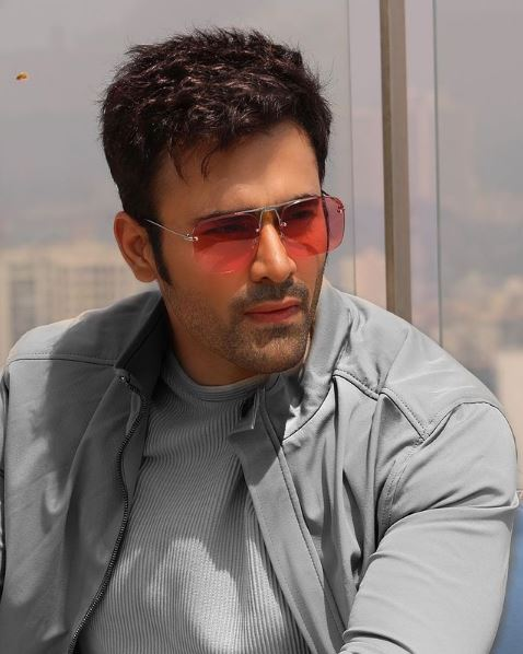 How to Meet Pearl V Puri Personally and Face to Face 6