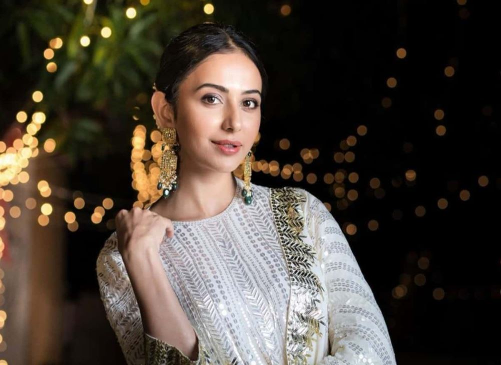 How to Meet Rakul Preet Singh Personally and Face to Face 6