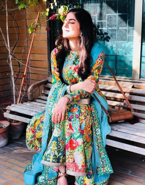 Sanam Baloch Contact Address, Phone Number, Whatsapp Number, Email ID, Website 14