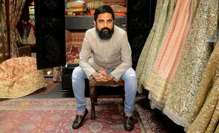 How to Meet Sabyasachi Mukherjee Personally and Face to Face 10