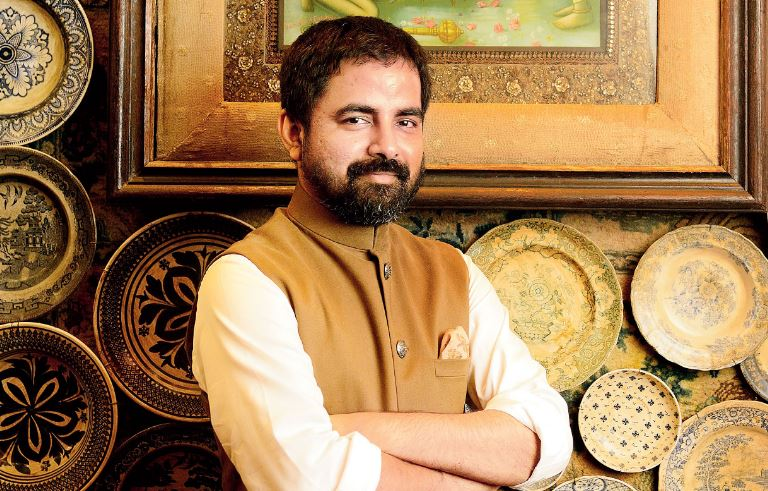 How to Meet Sabyasachi Mukherjee Personally and Face to Face 8