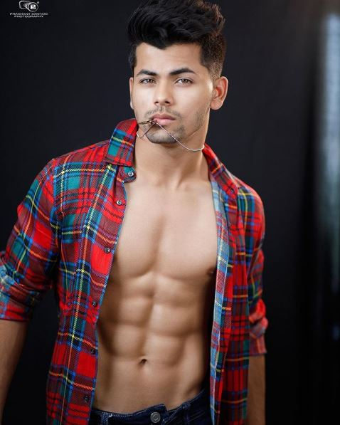 How to Meet Siddharth Nigam Personally and Face to Face 7