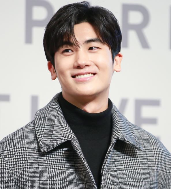 How to Meet Park Hyung-sik Personally and Face to Face