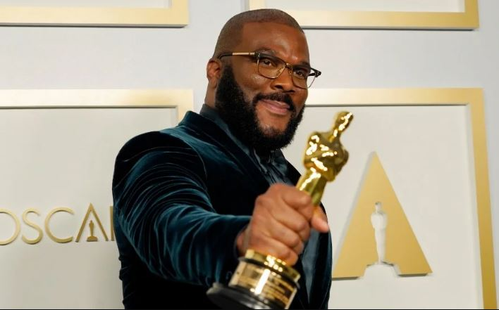 How to Meet Tyler Perry Personally and Face to Face 7