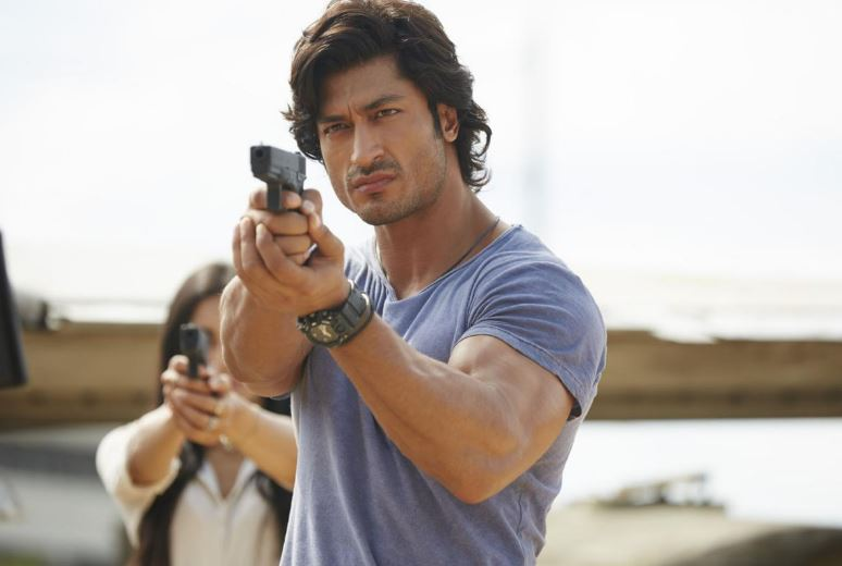 How to Meet Vidyut Jammwal Personally and Face to Face 7