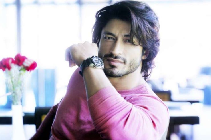How to Meet Vidyut Jammwal Personally and Face to Face