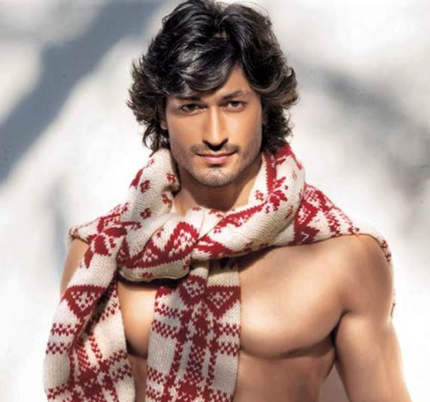 How to Meet Vidyut Jammwal Personally and Face to Face 5