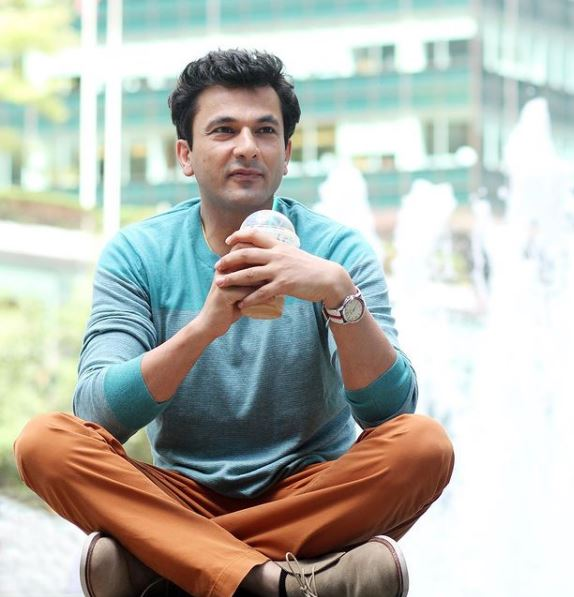 How to Meet Vikas Khanna Personally and Face to Face 7