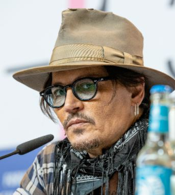 Johnny Depp Contact Address, Fanmail Address, Phone Number, Whatsapp Number, Email ID, Website 9