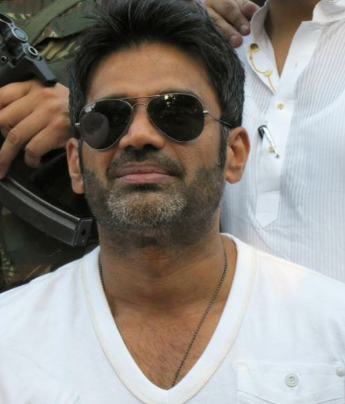 Sunil Shetty Contact Address, Phone Number, Whatsapp Number, Email ID, Website 12