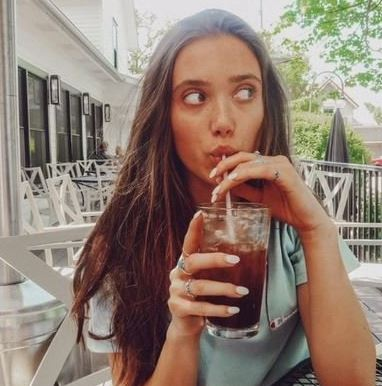 Hannah Meloche Contact Address, Fanmail Address, Phone Number, Whatsapp Number, Email ID, Website