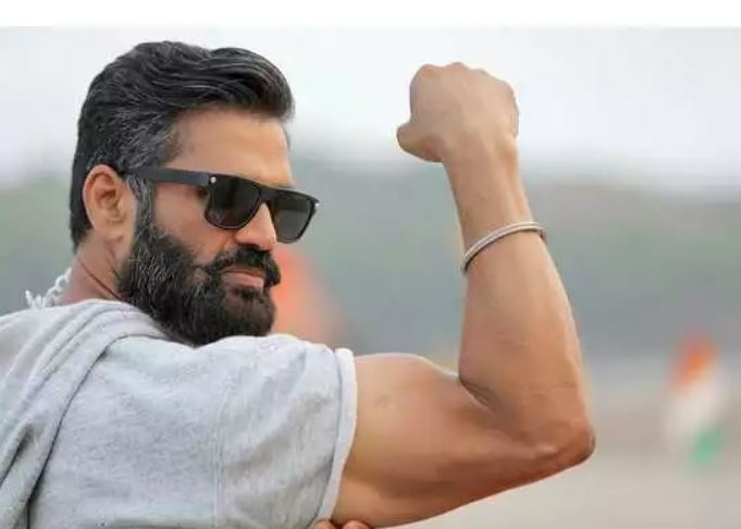 Sunil Shetty Contact Address, Phone Number, Whatsapp Number, Email ID, Website 9