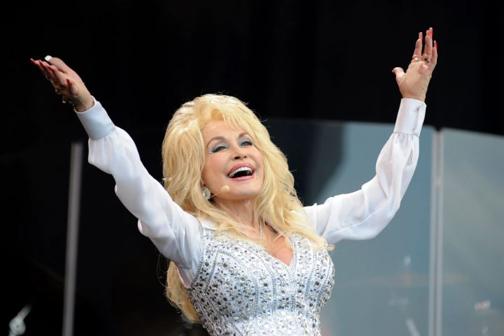 How to Meet Dolly Parton Personally and Face to Face