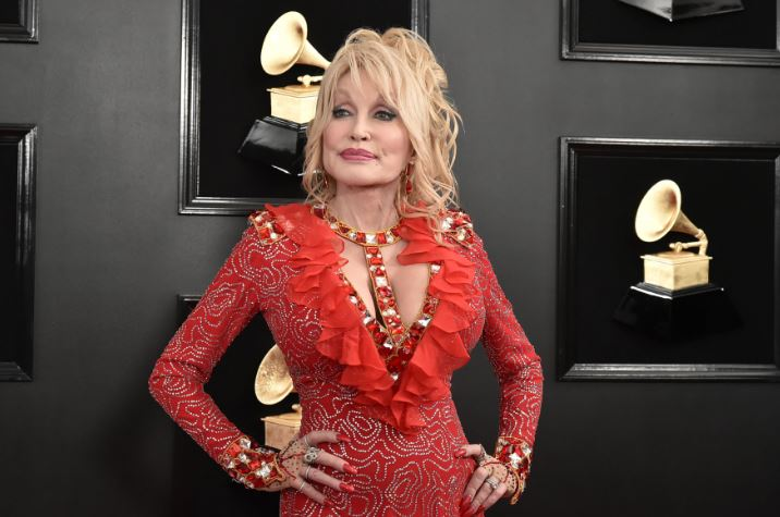 How to Meet Dolly Parton Personally and Face to Face 7