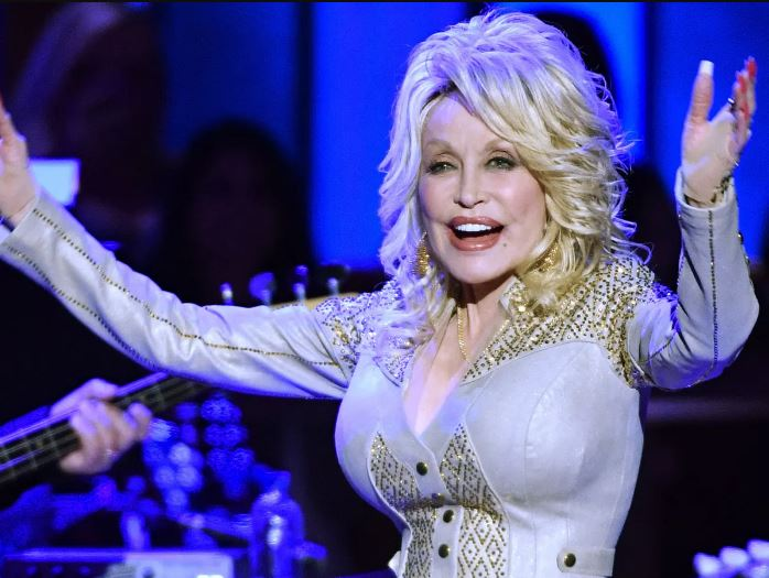 How to Meet Dolly Parton Personally and Face to Face 6