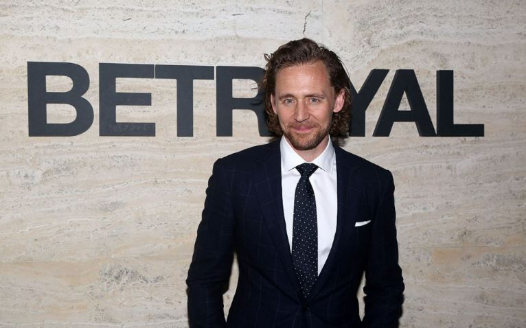 How to Meet Tom Hiddleston Personally and Face to Face 7