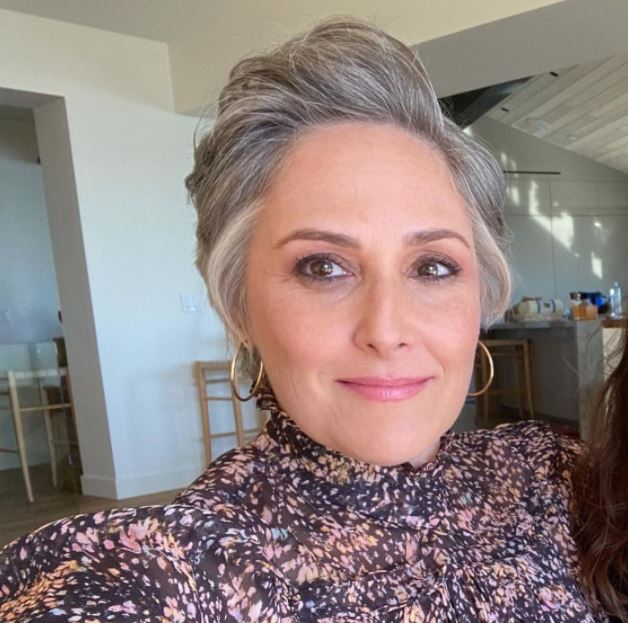 Ricki Lake Contact Address, Phone Number, Whatsapp Number, Fanmail Address, Email ID, Website