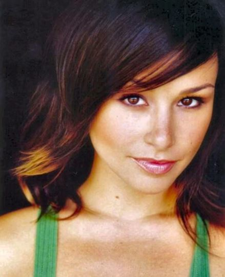 Danielle Harris Contact Address, Phone Number, Whatsapp Number, Fanmail Address, Email ID, Website 9
