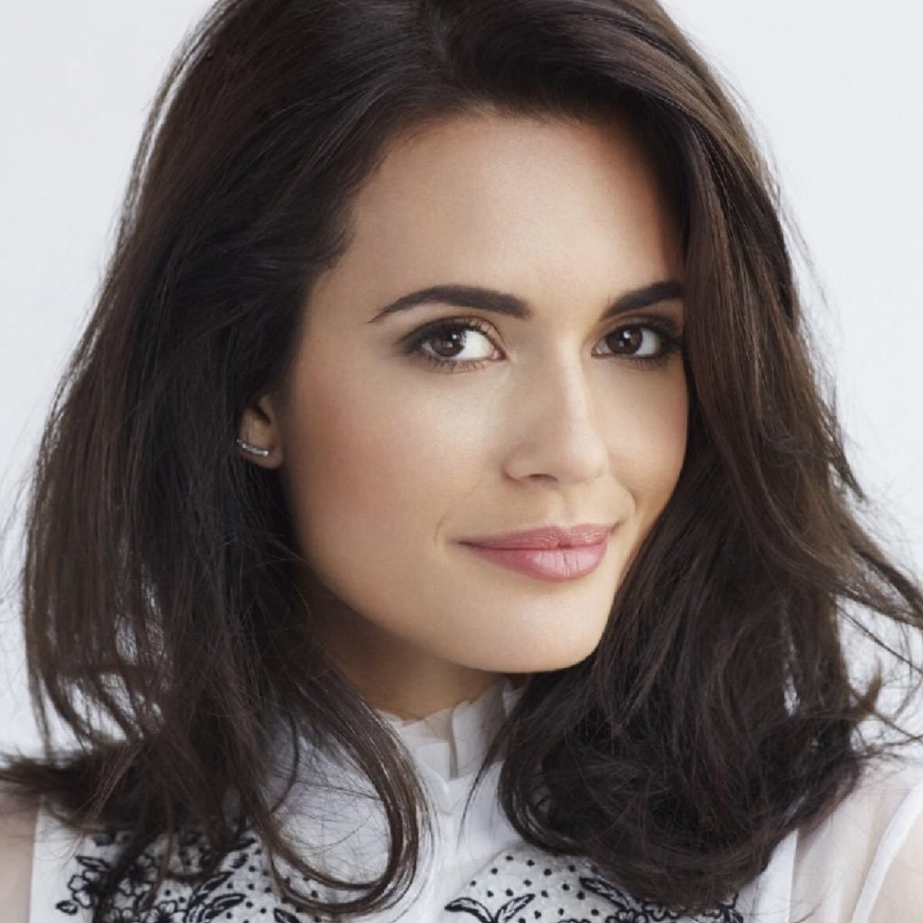Torrey DeVitto Contact Address, Phone Number, Whatsapp Number, Fanmail Address, Email ID, Website 13