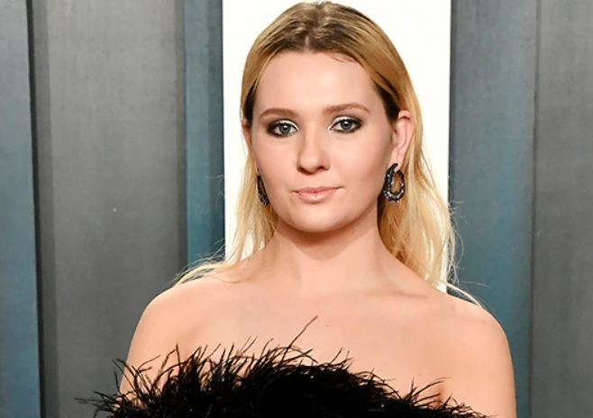 Abigail Breslin Contact Address, Phone Number, Whatsapp Number, Fanmail Address, Email ID, Website 12