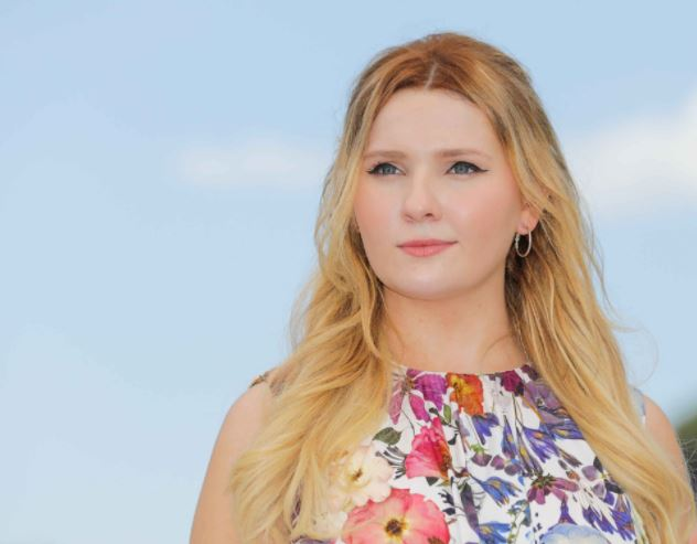 Abigail Breslin Contact Address, Phone Number, Whatsapp Number, Fanmail Address, Email ID, Website