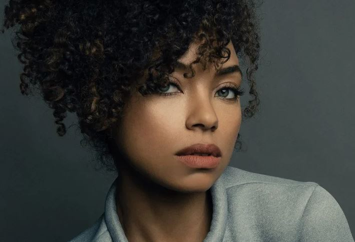Logan Browning Contact Address, Phone Number, Whatsapp Number, Fanmail Address, Email ID, Website 14