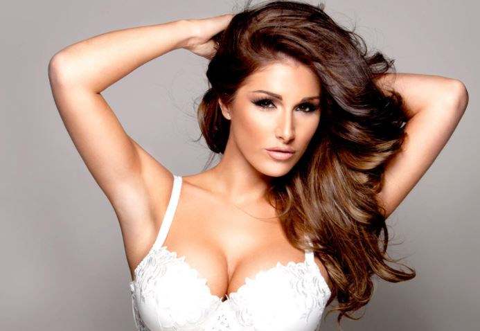 Lucy Pinder Contact Address, Phone Number, Whatsapp Number, Fanmail Address, Email ID, Website 10