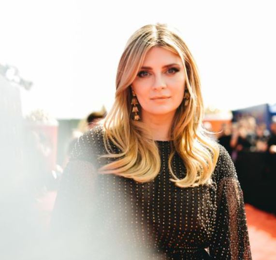 Mischa Barton Contact Address, Phone Number, Whatsapp Number, Fanmail Address, Email ID, Website 11
