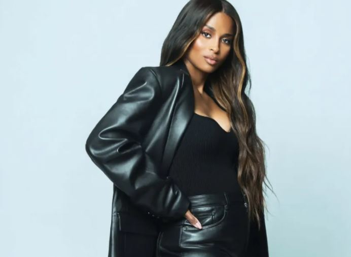 Ciara Contact Address, Phone Number, Whatsapp Number, Fanmail Address, Email ID, Website 13