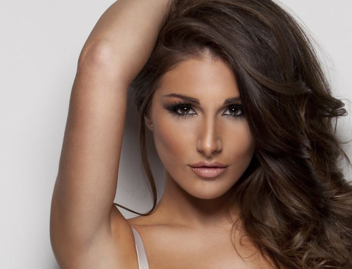 Lucy Pinder Contact Address, Phone Number, Whatsapp Number, Fanmail Address, Email ID, Website 9