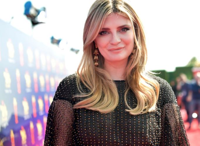 Mischa Barton Contact Address, Phone Number, Whatsapp Number, Fanmail Address, Email ID, Website 14