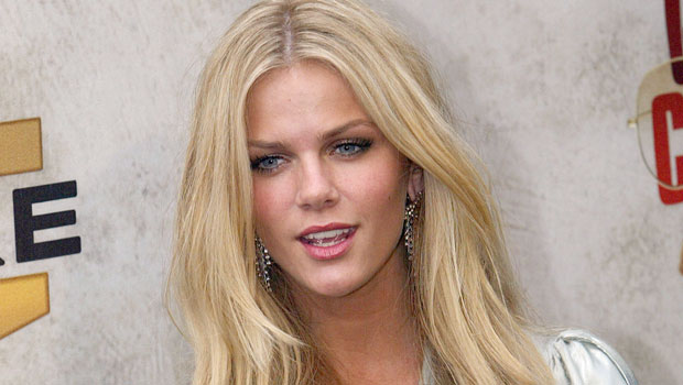 Brooklyn Decker Contact Address, Phone Number, Whatsapp Number, Fanmail Address, Email ID, Website 12
