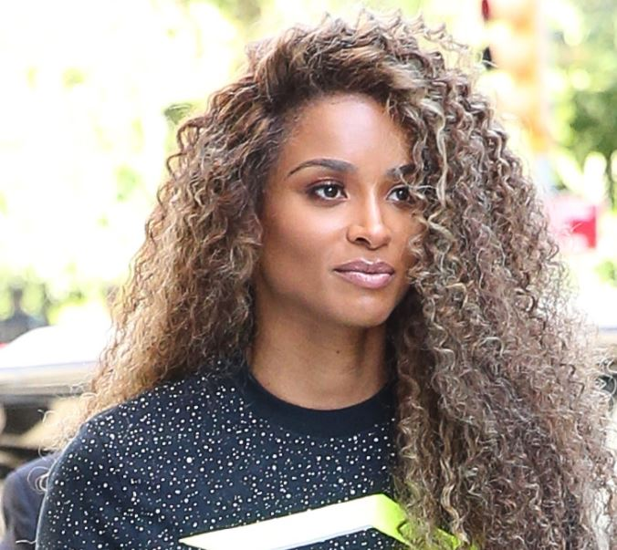 Ciara Contact Address, Phone Number, Whatsapp Number, Fanmail Address, Email ID, Website 9