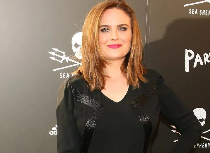 Emily Deschanel Contact Address, Phone Number, Whatsapp Number, Fanmail Address, Email ID, Website 9