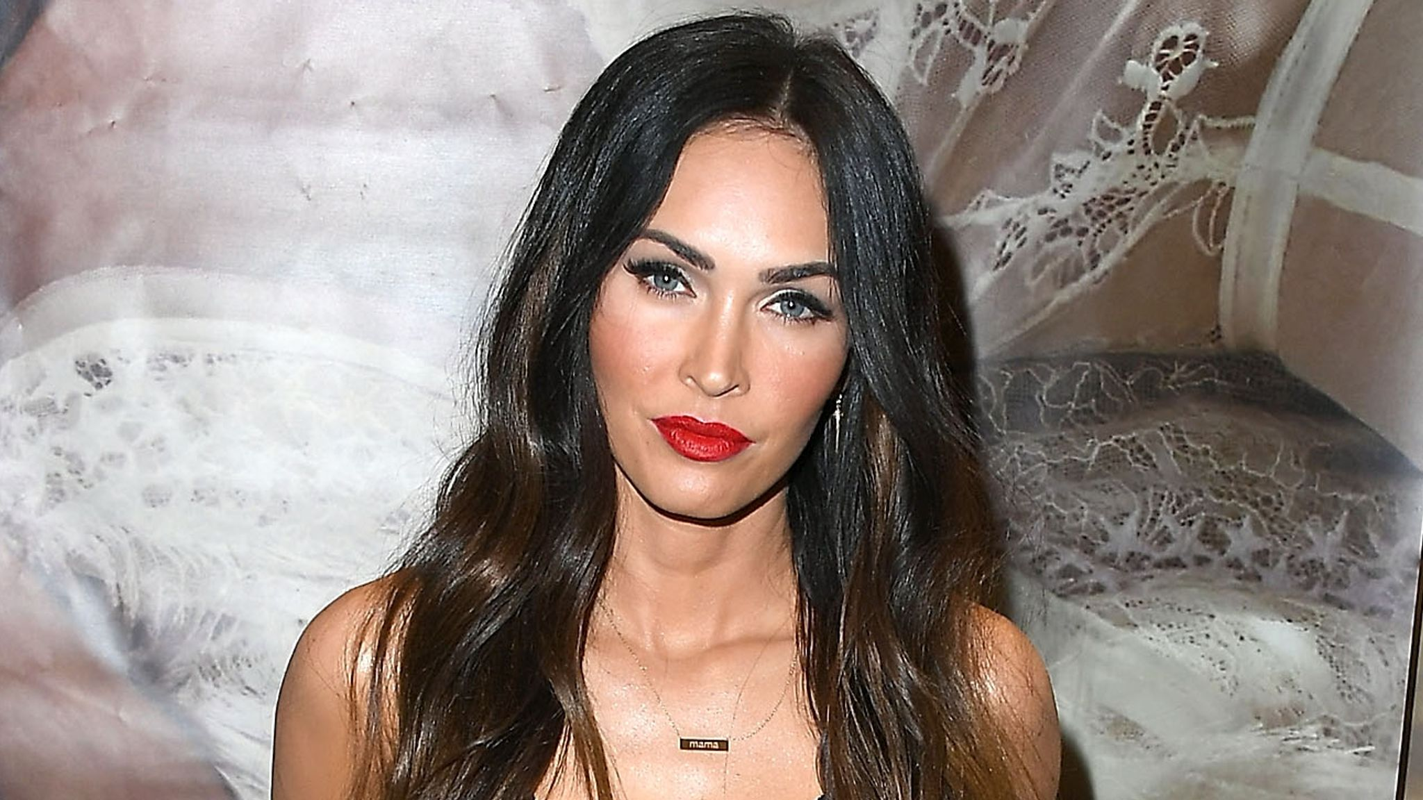 Megan Fox Contact Address, Phone Number, Whatsapp Number, Fanmail Address, Email ID, Website 13