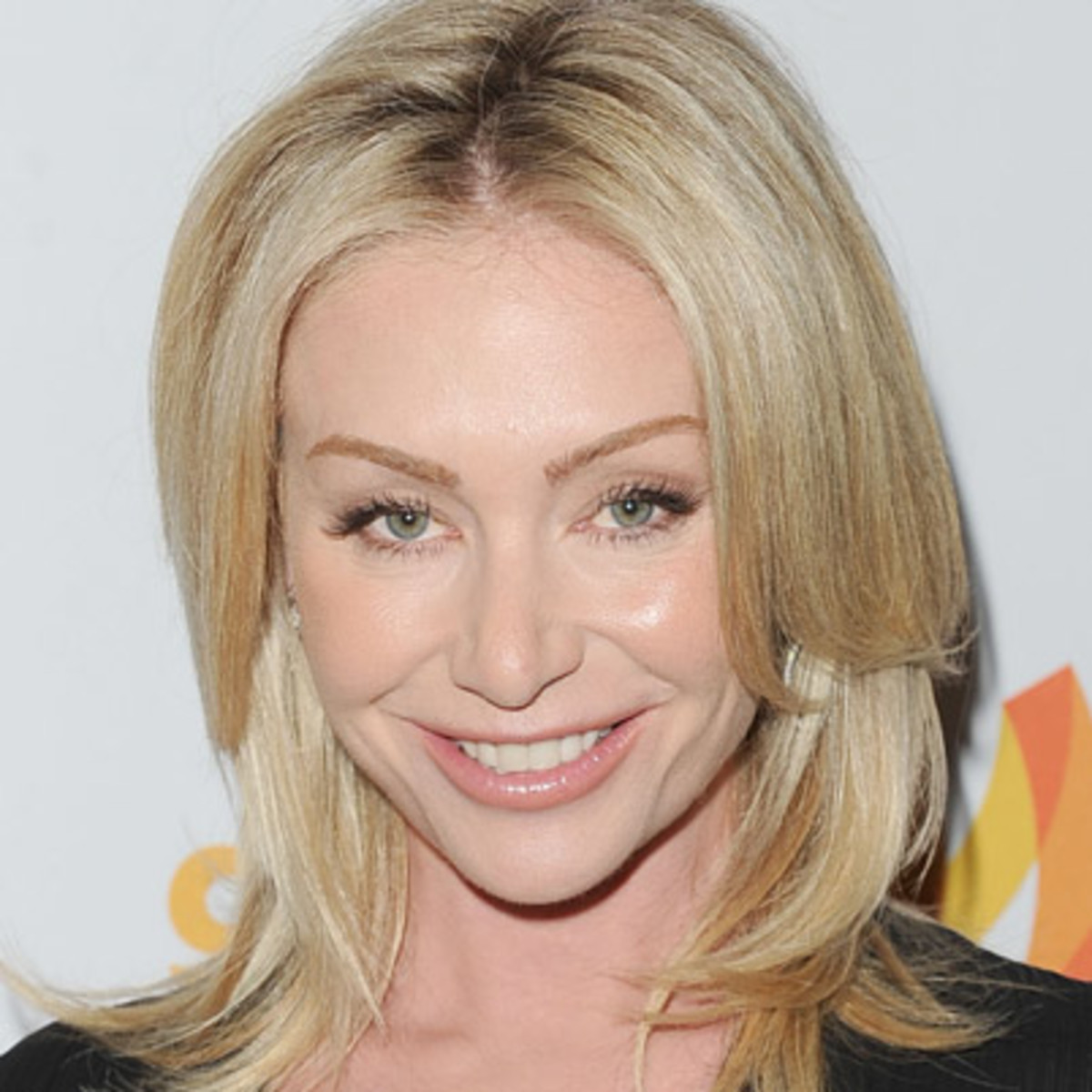 Portia de Rossi Contact Address, Phone Number, Whatsapp Number, Fanmail Address, Email ID, Website