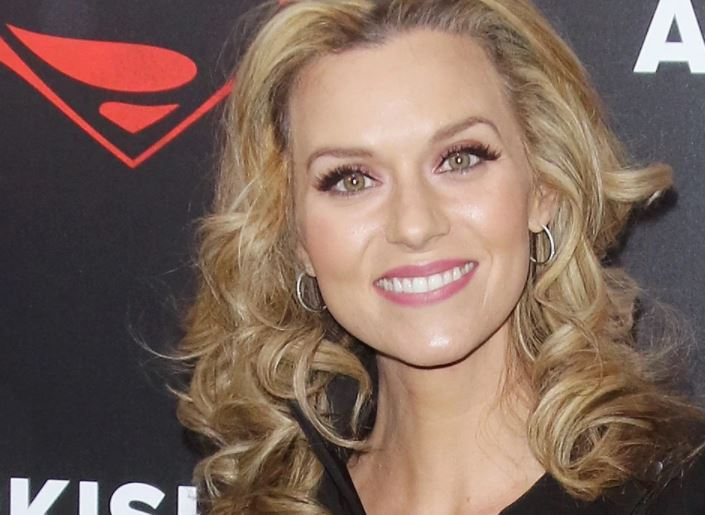 Hilarie Burton Contact Address, Phone Number, Whatsapp Number, Fanmail Address, Email ID, Website 9